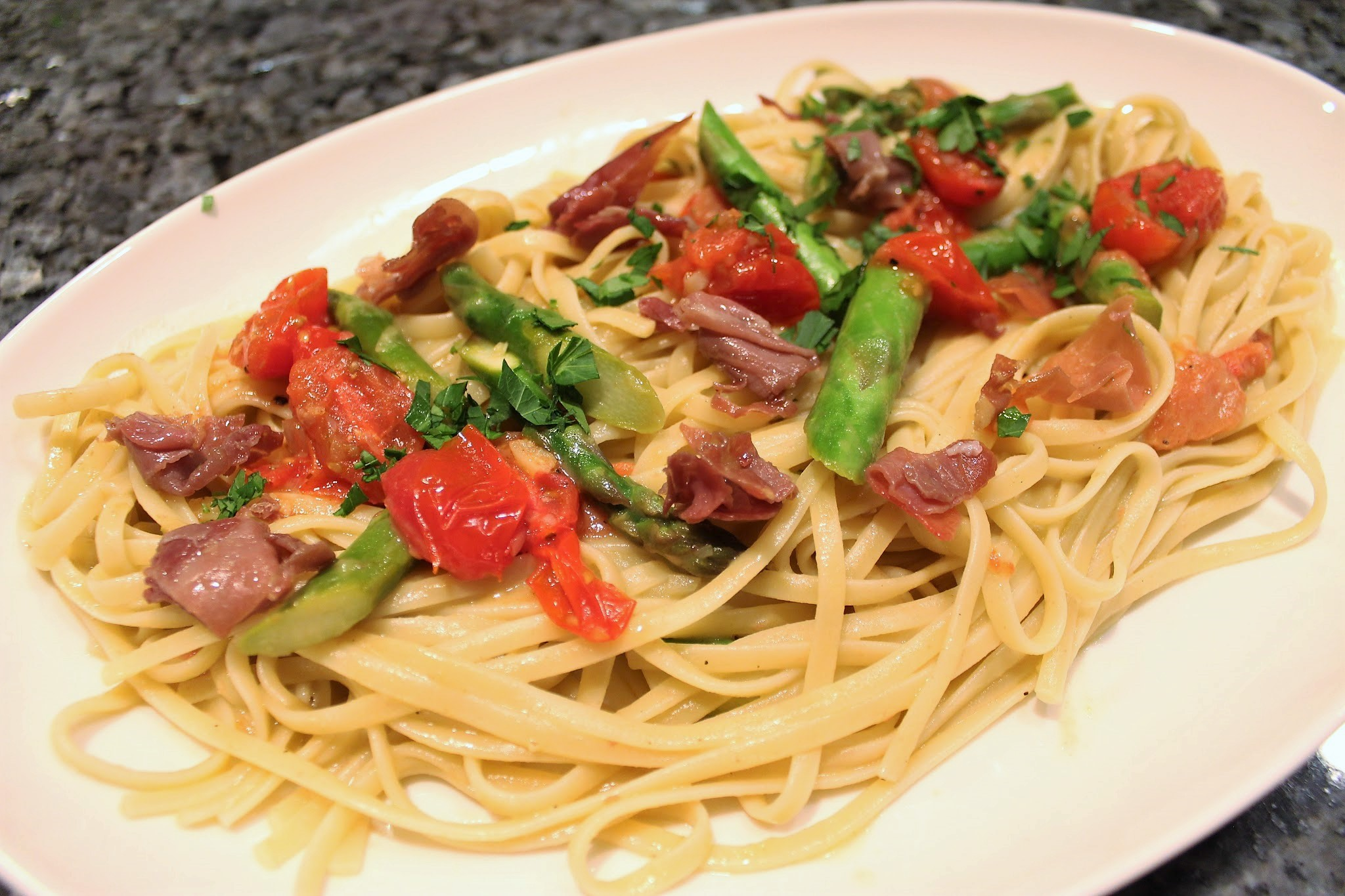 Pasta with Asparagus and Prosciutto Recipe