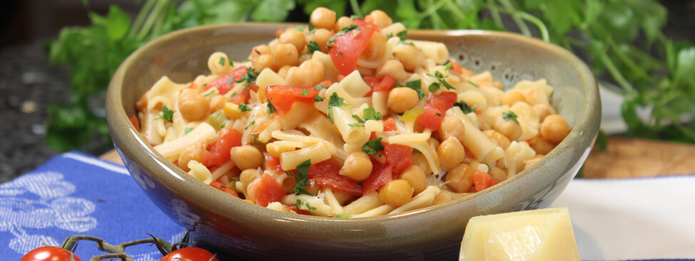 Pasta with Chickpeas Recipe (red sauce version)