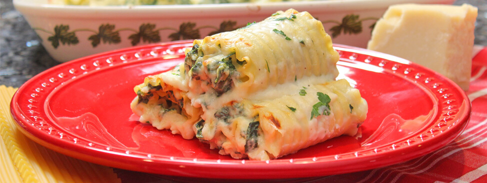 Lasagna Roll Ups with Béchamel Sauce