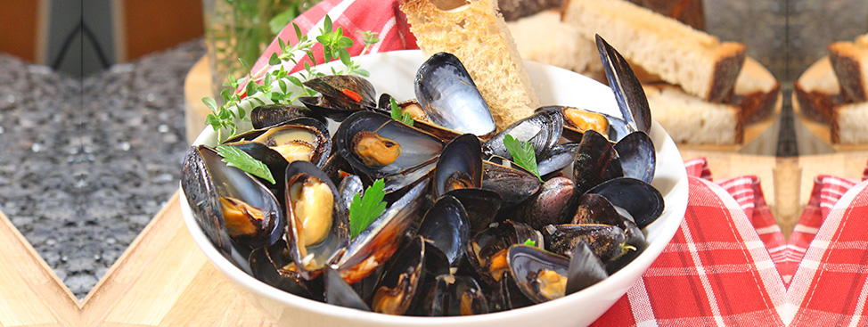 Steamed Mussels in White Wine Recipe