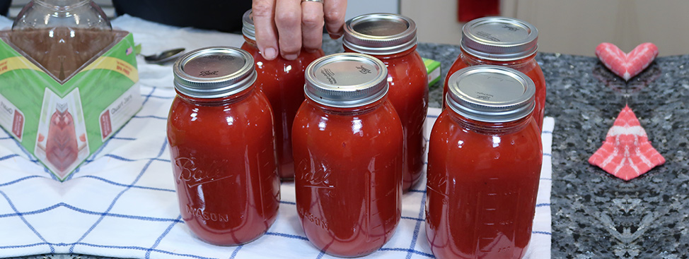Traditional Homemade Tomato Sauce made by Pasquale Sciarappa