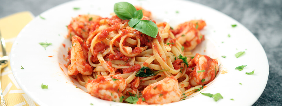 Shrimp Linguine with Tomato Sauce
